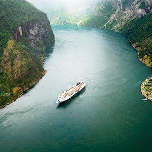 Круиз по Скандинавии летом.