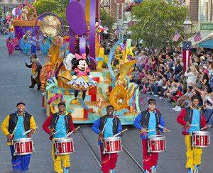 Диснейленд парад