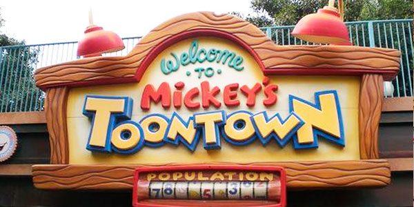 Мультаун-Микки–Mickey's-Toontown