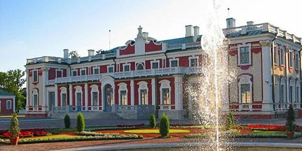 Дворец-Кадриорг