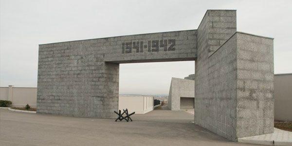 Музейный-историко-мемориальный-комплекс-героическим-защитникам-Севастополя-«35-я-береговая-батарея»