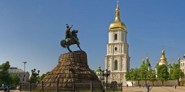 Памятник-Богдану-Хмельницкому