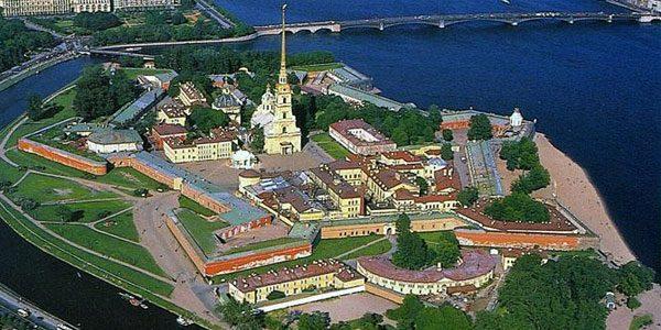 Петропавловская крепость. Дотопримечательности Петербурга.