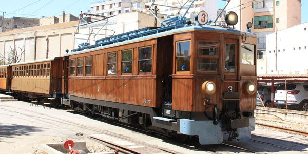 Ретро-поезд-Пальма Сольер