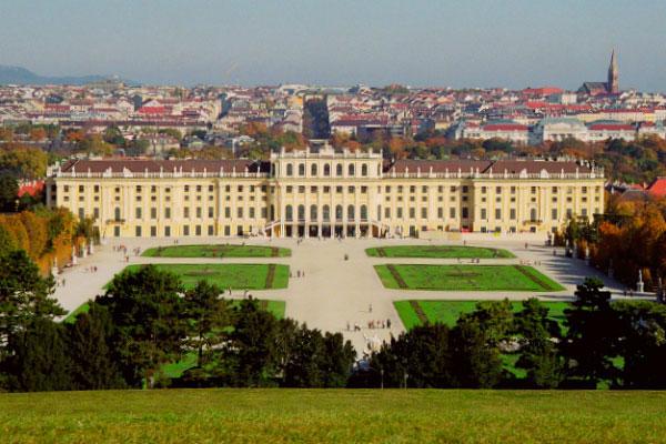 Дворец Шёнбрунн.