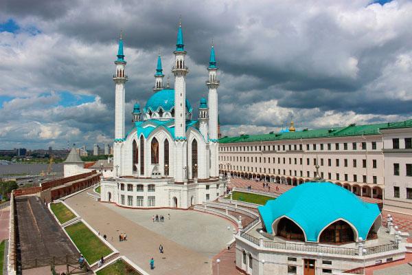 Столица Татарстана в июне.