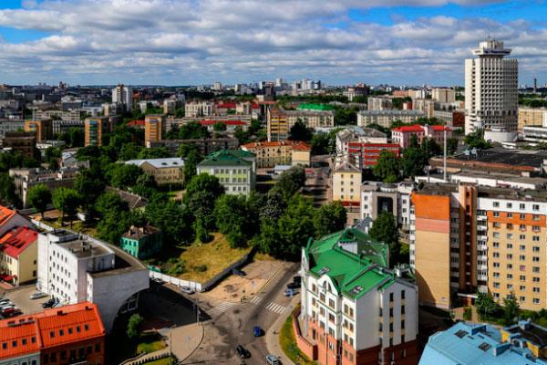 Столица Беларуси в июне.