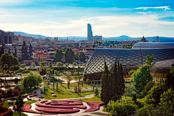 Столица Грузии в июне 2021.
