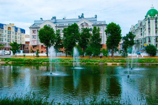 Парк Чёрное озеро.