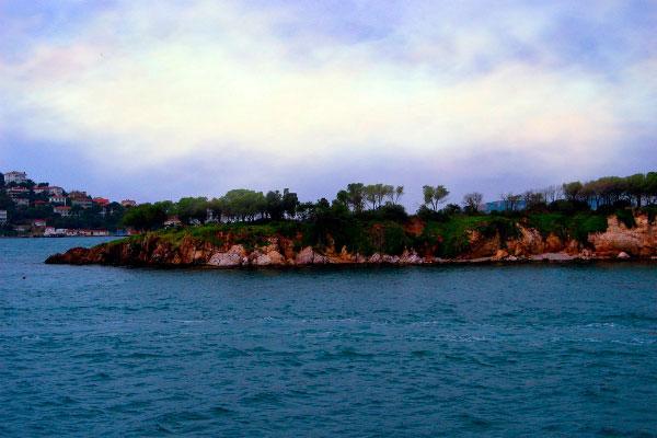 Остров Сивриада.