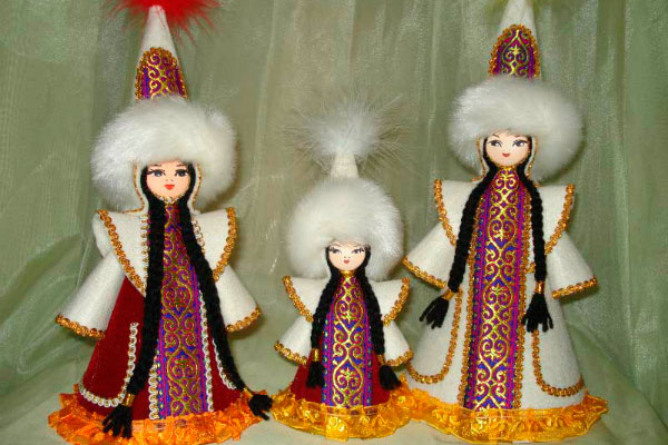 Казахские куклы.