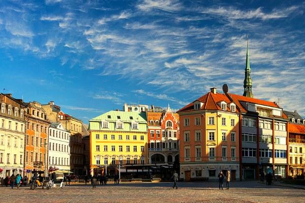 Главная площадь города.