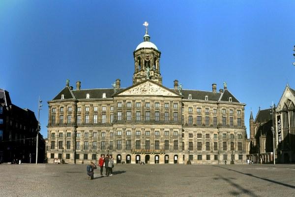 Резиденция короля Нидерландов.