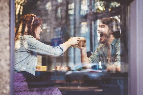 Кофе в кафе.