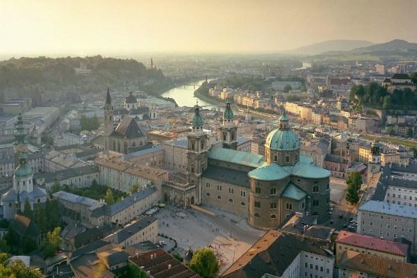 Панорама города Зальцбург.