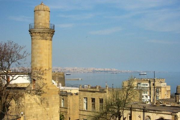 Город с высоты птичьего полёта.