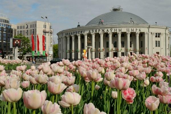 Весна в городе.