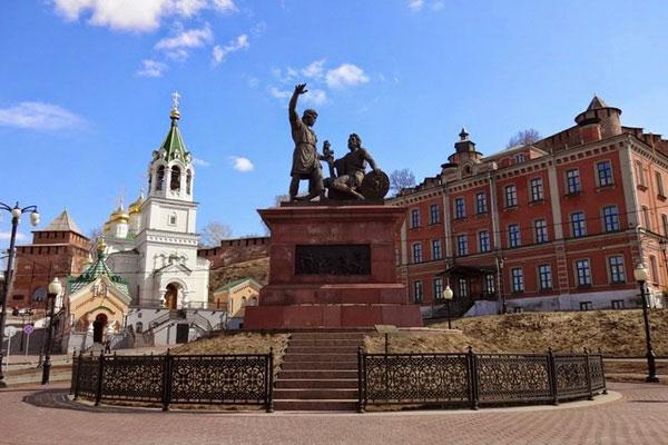 Прогулка по Нижнему Новгороду в начале апреля 2020.