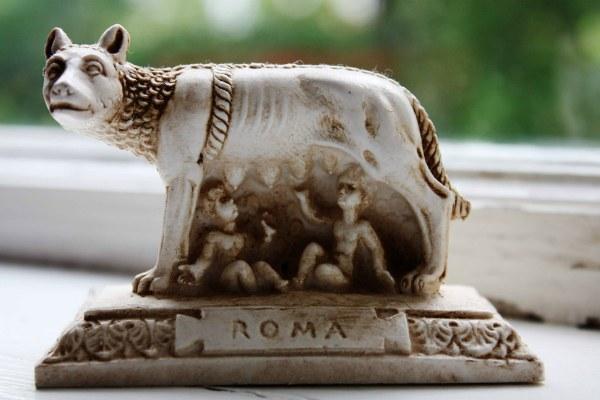 Сувениры из Рима.