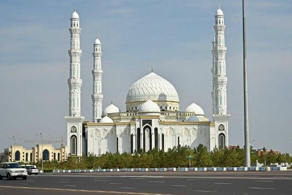 Мечеть Хазрет Султан.