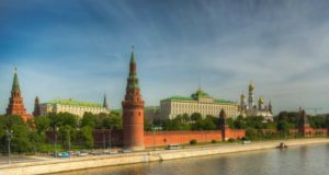 Москва весной.
