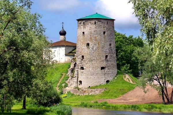 Гремячая башня.