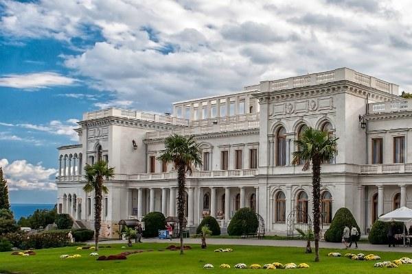 Экскурсия в Ливадийский дворец.
