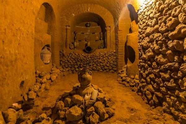 Пещера Армении.