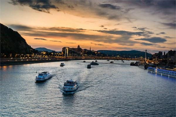 На теплоходе по Дунаю.
