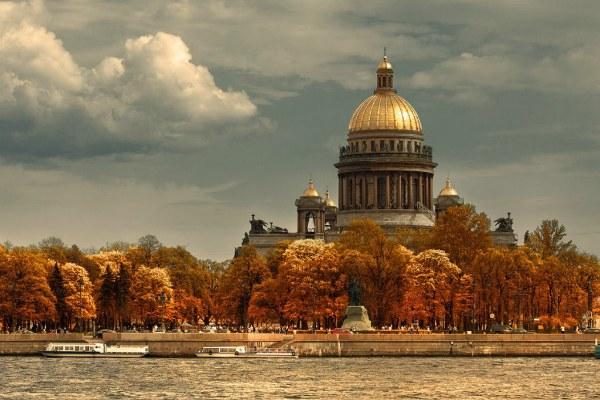 Октябрь 2020 в Петербурге.