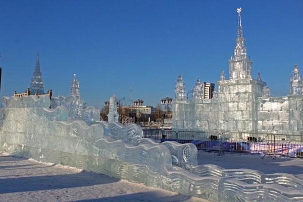 Москва изо льда.
