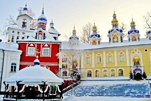 Псково-Печорский мужской монастырь.