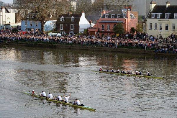 Oxford & Cambrige Boat Race.