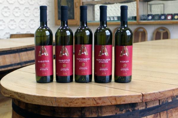 Крымские вина.