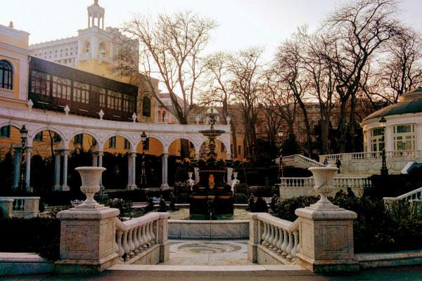 Фонтан в Баку.