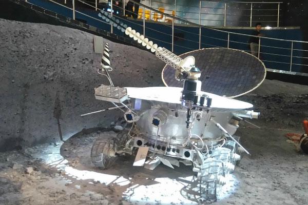 Макет Лунохода-1.