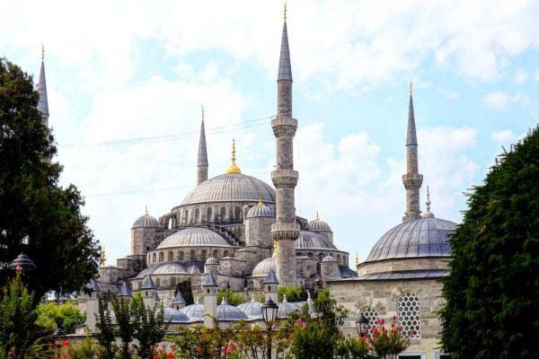 В Стамбуле.