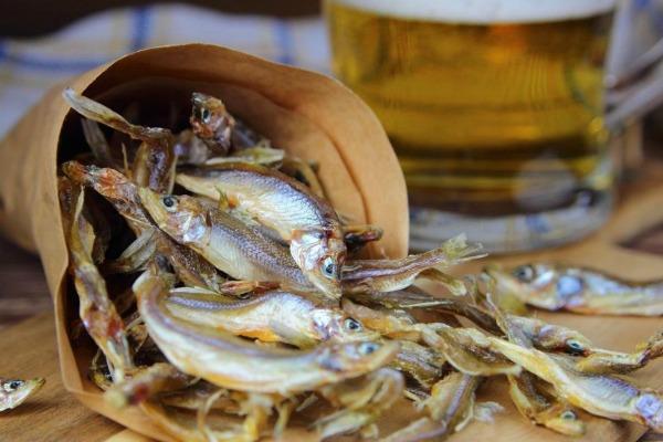 Рыбка с пивом.