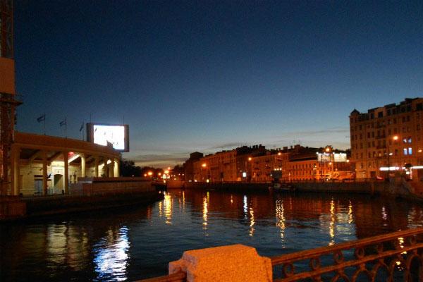 Ночь в городе.