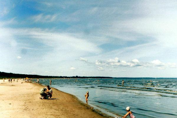 Пляж в Юрмале.