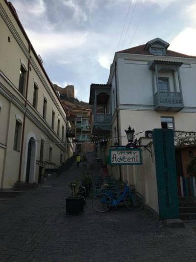 Улицы в Тбилиси.