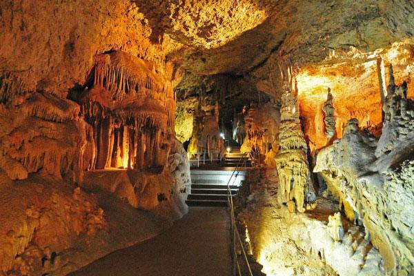 Пещеры Крыма.