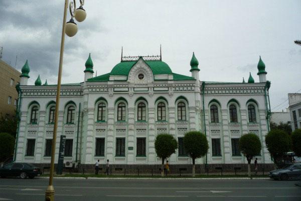 Старинное здание.