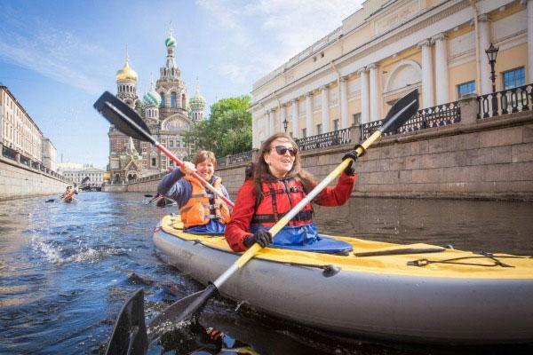 Экскурсия по Петербургу.
