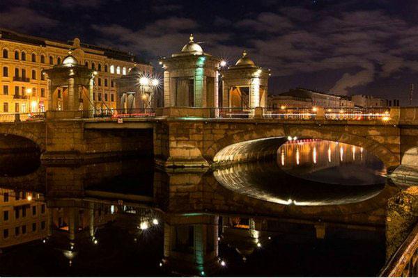 Ночной Петербург для двоих.