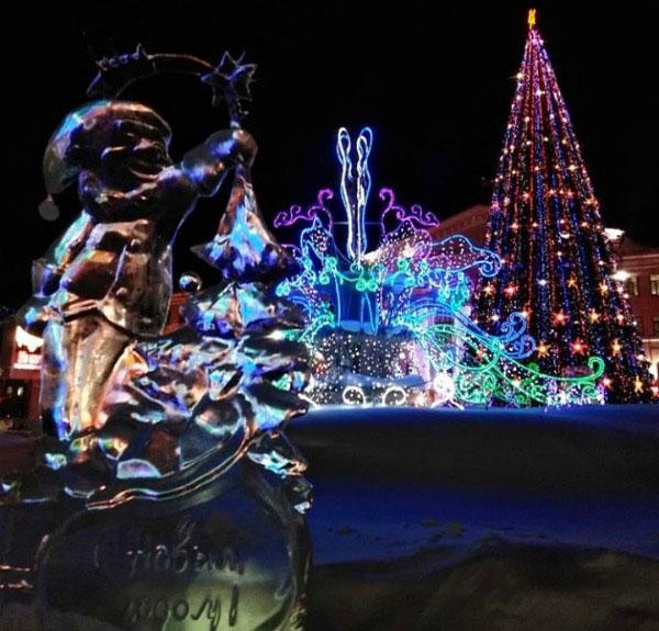 ледяные скульптуры.