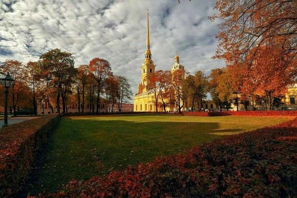 Сентябрь 2020 в Петербурге.