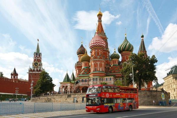 Экскурсия по Москве.