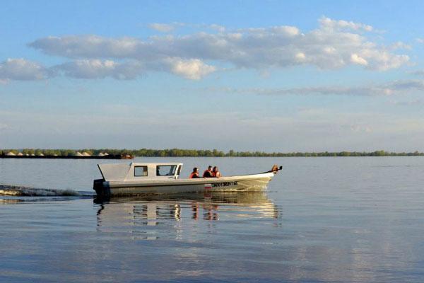 Поездка на лодке. Фото.