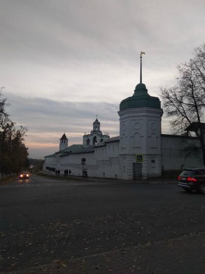 Монастырь. Фото и описание.